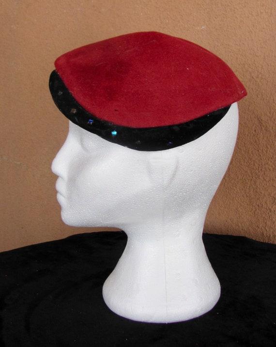 Vintage 40s-50s - GenuineLe Montet velours hat - G