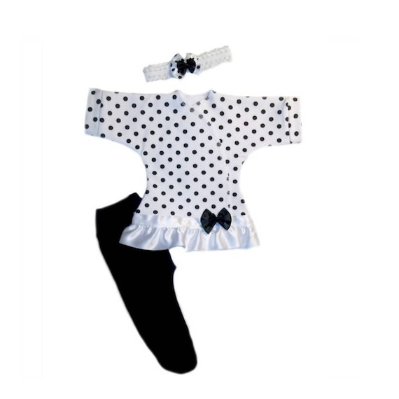 5 Preemie and Newborn Sizes Baby Girl White Booties with Black Polka Dot Bows