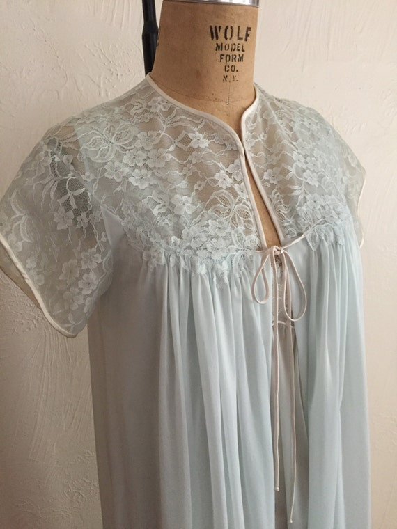 Lace Accented Soft Baby Blue Vintage VANITY FAIR P