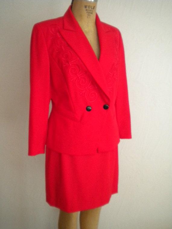 Sexy Bright Red Fine Wool Vintage ESCADA 1990's Mi