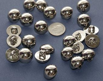 e37d024bca2 27 Silver Buttons