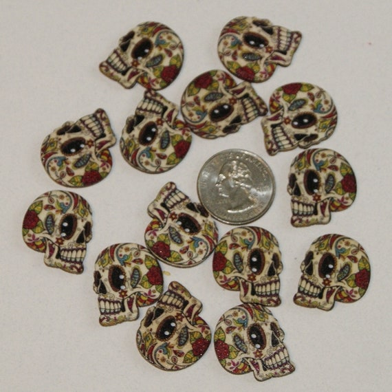 15mm Random mix of designs 6 Wooden Coloured Cat Buttons Free UK P/&P
