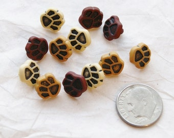 12 Puppy Paw Prints Buttons, Small Paws, Dog Paw, Cat Paw buttons, Shank back  (Q 6a)