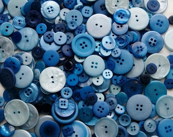 100 Blue Buttons, Blue mix, Blue Berry Mix, Royal Blue, Dark Blue, Sky Blue, Powder Blue, Navy Blue, Sewing, Crafting Jewelry Collect  (581)