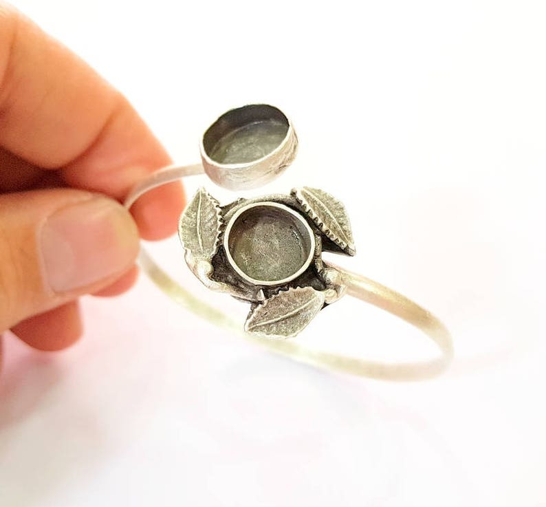 G7653 Bracelet Blanks  Cuff Blanks Adjustable Bracelet Blank Antique Silver Plated Brass 14mm-10mm Blanks