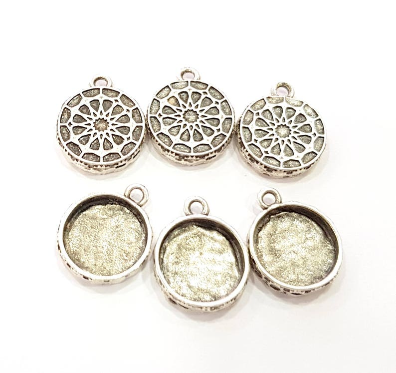4 Silver Pendant Blank Mosaic Base Blank inlay Blank Necklace Blank Resin Blank Mountings Antique Silver Plated G8929 17mm blank