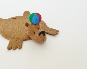Felt Bear Coaster with Beach Ball/ Home Decor/ Table accessory