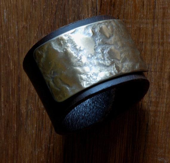 Leather & Metal Wrist Cuff ~ Brown Leather Bracelet w snaps ~ Hand Forged Stainless Steel Gold Plate ~ Custom Sizes Avail. Gift Bag Included