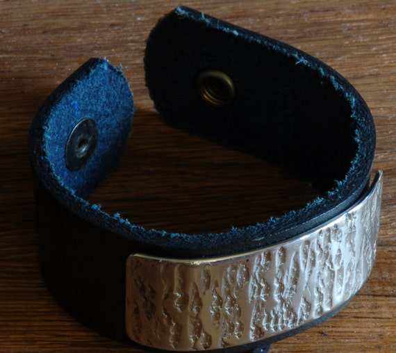 """Navy Blue Wrist Cuff Bracelet Silver Chiselled Hand Forged Stainless Steel Navy Canadian Hand Dyed Leather Handcrafted Size 7.5"""" w/ Snaps"""