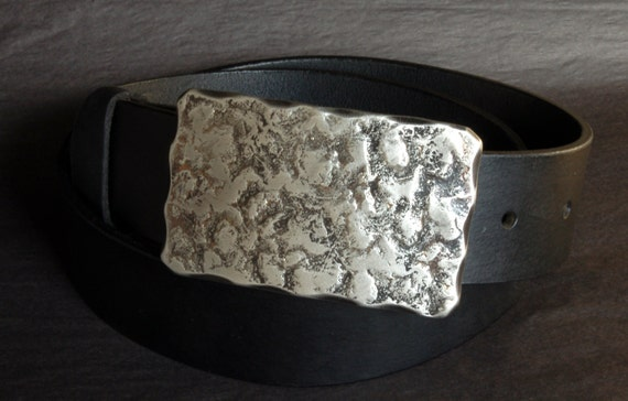 Dad's Hand Forged Belt Buckle ~ Work Gear ~Boyfriend Gift ~ Anvil Textured ~ Silver & Black Buckle ~ For Jeans and Workwear ~ Gifts for Guys