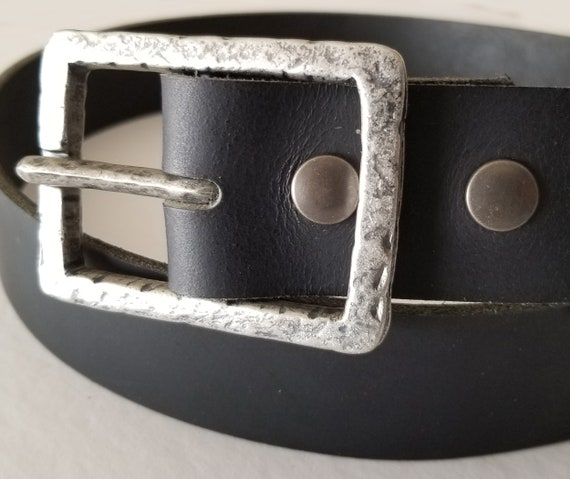 "Hammered Silver and Black Buckle with Leather Snap Belt ~ Choose from Five Leather Belt Colours ~ 1-1/2"" Belt for Jeans ~ Custom Cut Belt"