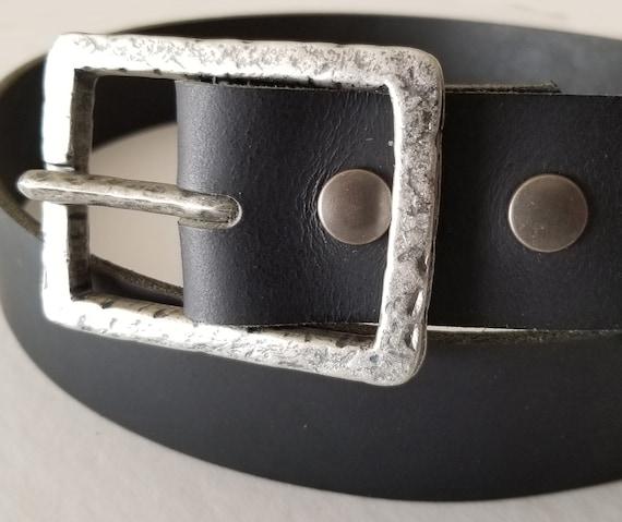"Hammered Silver Belt Buckle with Leather Snap Belt ~ Choose from Five Leather Belt Colours ~ 1-1/2"" Belt for Jeans ~ Custom Cut Unisex Belt"