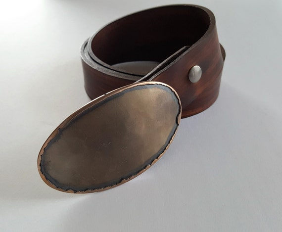 "Canadian Bronze Oval Belt Buckle ~ Texas Rodeo ~ Calgary Stampede Hand Forged Stainless Steel Buckle & 1.5"" Hand Dyed Woodgrain Leather Belt"