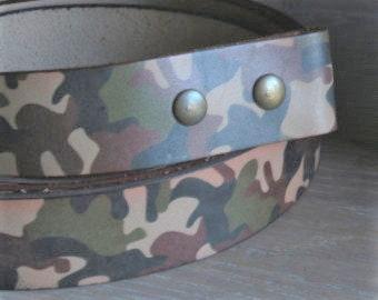 CAMO Belt, Camouflage Belt with Snaps, Hunting Gear, Camo Leather Belt, Custom Camo Belt, Hunting Belt, Camouflage Leather Belt, Unisex Gift