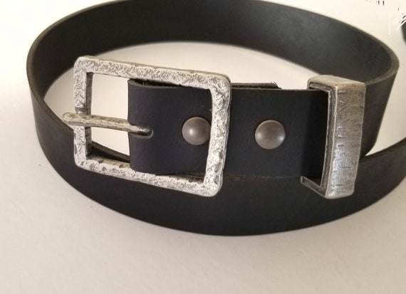 """Hammered Buckle & Keeper with Leather Snap Belt Set for Jeans ~ Choose from 5 Leather Belt Colours ~ 1-1/2"""" Leather Belt ~ Custom Cut Belt"""