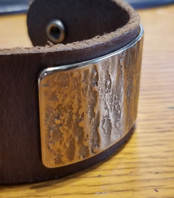 SALE Leather & Metal Wrist Cuff ~ Choice of Leather Colour w snaps ~ Hand Forged Stainless Steel Gold or Silver Plate ~ Gift Bag Included ~