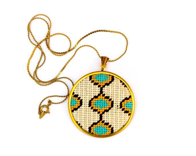 SALE!! DIY Needlepoint Jewelry Kits: Ogee with Stripes Pendant