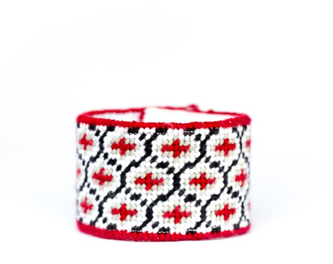 DIY Needlepoint Cuff Kit in Ogee