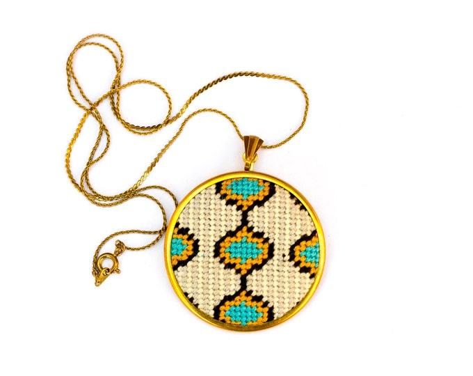 DIY Needlepoint Jewelry Kits: Ogee with Stripes Pendant
