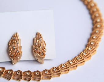 Vintage Gold Toned Rhinestone Necklace & Clip Earrings Adjustable Deco Style Hollywood Glam Formal Jewelry for her