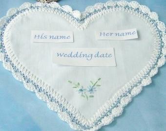 Etwas blau braut Taschentuch Hochzeit Hanky, herzförmige, gehäkelten, Blumenstrauß Wrap, sofort lieferbar