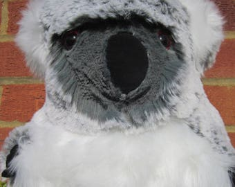 Large Koala Bear Ornamental Toy Bear Furry Bear Ornament Collectible Cuddly Bear Bedroom Decor Item Fun Toy Gift Ornamental Decorative Piece