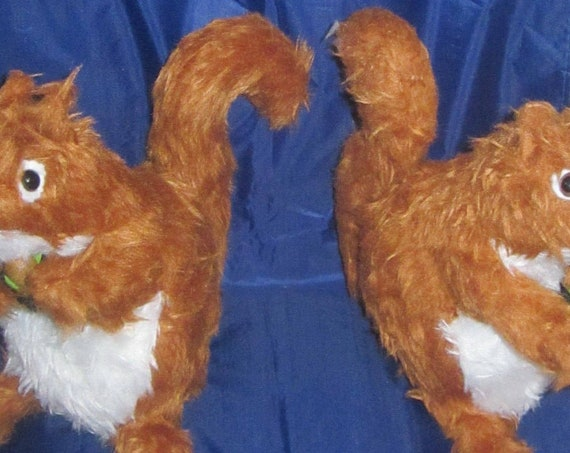 Red Squirrel Toy Copper Squirrel Toy Ornamental Squirrel Toy With or Without Acorn Any Occasion Gift Bedroom Ornament Display Centrepiece