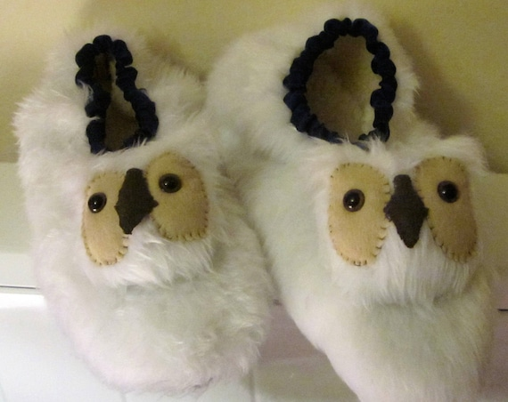 Snowy Owl Made to Measure Slippers White Owl Made to Order Slippers Gender Neutral Cosy Footwear Fun Gift for Partners, Family and Friends