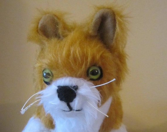 Ginger Cat Ornament Marmalade Toy Ornamental Ginger Fluffy Cat Toy Ginger Cat Decorative Animal Present Collectible Bedroom Ornamental Gift