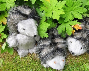 The Toy Hedgehog Family Daddy (M) Baby (L) Mommy (R) Saving UK Hedgehogs Lounge Decorations Nursery Ornamental Toys Kids Bedroom Ornaments