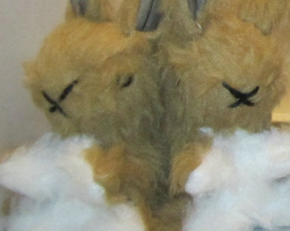Beige Baby Bunny Rabbits Photography Prop Stocking Fillers Fun Toy for Kids Bedroom Decor Ornamental Toys Stocking Fillers Nursery Ornaments