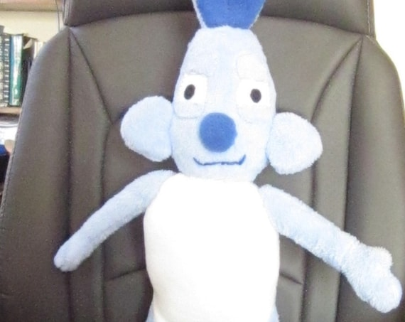 Oscar the Blue Rabbit Fleece Toy with a Real Mission Cuddly Rabbit Mascot/Toy Teaching Aid Toy Unusual Toy Rabbit Teachers' Helpful Prop