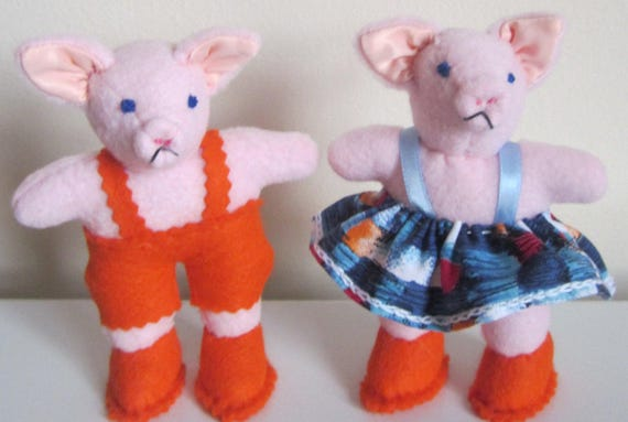 Stuffed Pink Piglets Piglet Toy Ornaments Pink Fleece Pigs Dressed Toy Ornaments Shower Basket Fillers Baby Room Decor Item Stocking Fillers