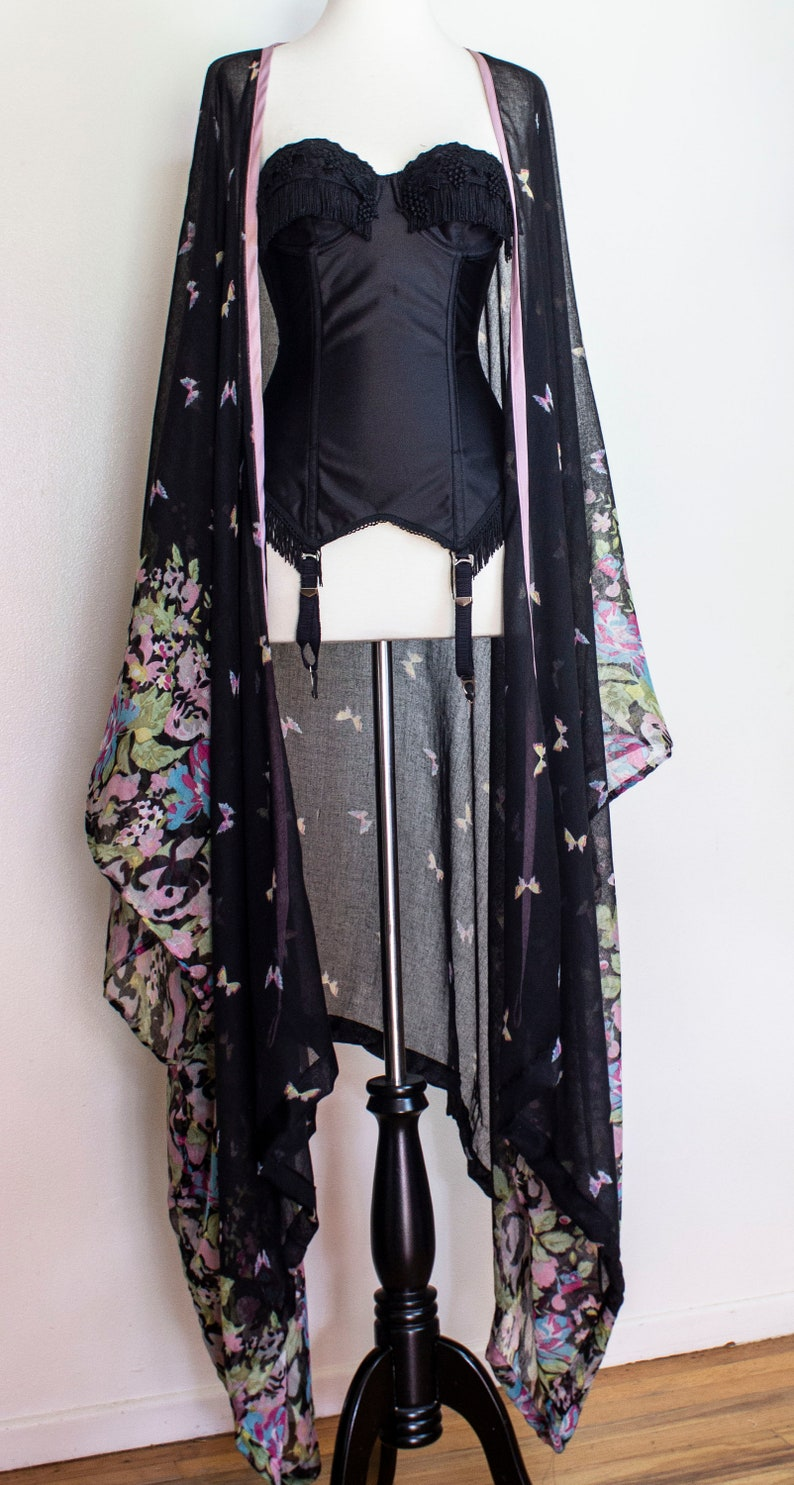 SAMPLE SALE Black Floral Kaftan Kimono with Mauve trim