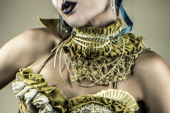 Gold Fancy Circus Collar