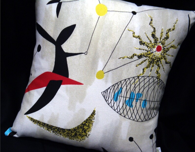 Mobiles Retro Barkcloth pillow cover  Authentic 1950s Pattern image 0