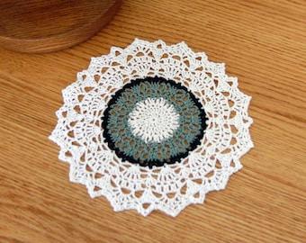 Decorative Crochet Lace Doily, Spring Summer Table Decor, Spruce Green, Hunter Green, White, 8 1/2 Inch Doily, Elegant Home Decor, So Chic