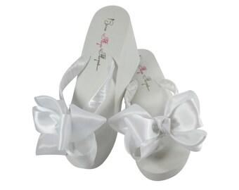 00039b2a714dba Bridal Flip Flops  Bridesmaid Bow Flip Flops for the Wedding