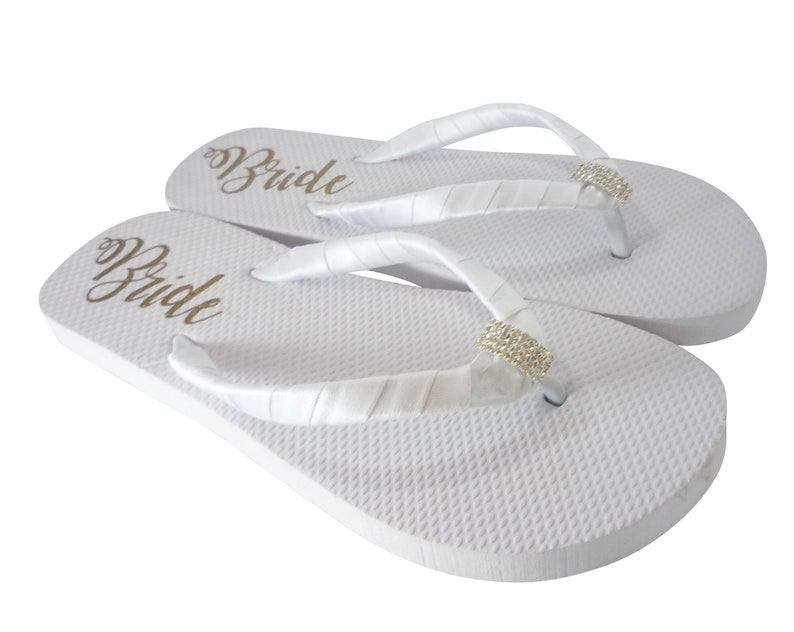 2cd616ebe4be54 Bridal Flip flops You Pick Colors Wedding Shoes with Bride