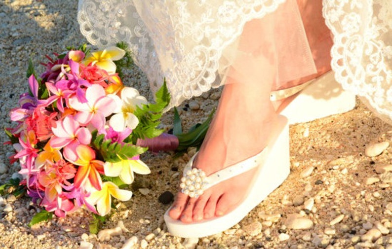 7449550e7adbc8 Bridal Flip Flops wedge Ivory or white bride flip