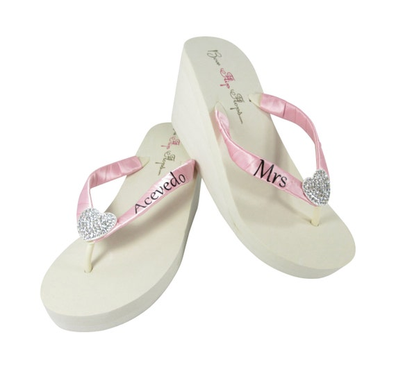 choose with height Pink colors lettering and Black Heart Flops Strap size Embellishment heel and satin Mrs Flip p4X6Pt