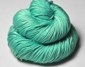 Green sea - Silk / Merino DK Yarn superwash - Hand Dyed Yarn - handgefärbte Seide  - Garn handgefärbt - DyeForYarn