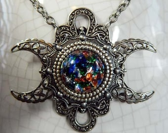 HECATE - Triple Moon Goddess Necklace by Crow Haven Road