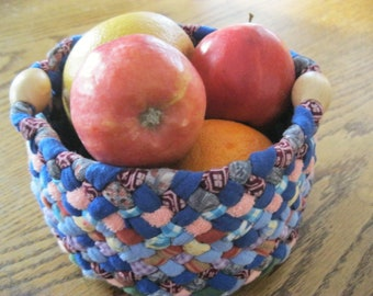 Ready To Ship Handmade Recycled Fabric Round Colorful Catch-all Braided Basket / Bowl with wooden handles for kitchen / bathroom / table