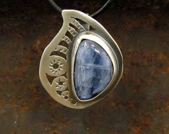 Henna Motif Pendant, Sterling Silver and Kyanite