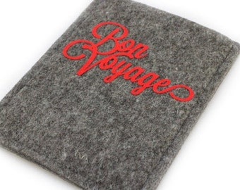 """Passport cover made of wool felt with inscription """"Bon Voyage"""""""
