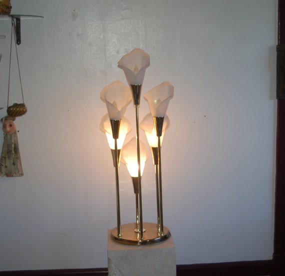 Lovely Brass With 6 White Calla Lilies 3 Way Table Lamp Etsy