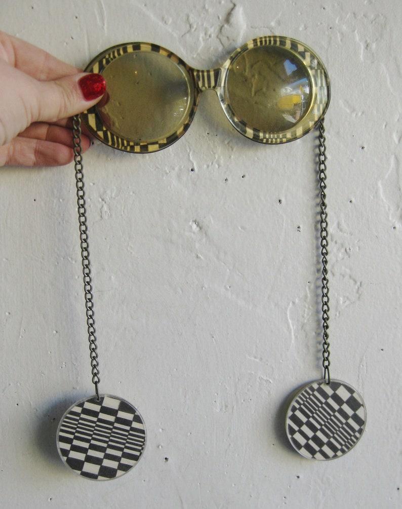 Vintage 60s Mod Black & White Checkerboard Chain Earrings Lucite Novelty Sunglasses