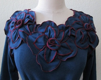 blue color long sleeves top with 3 roses decoration plus made in U.S.A. (v122)