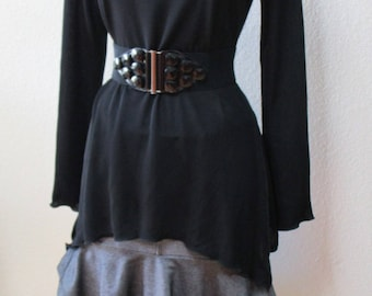 This is a Black color A Line Long Sleeve top with rose decoration top plus made in U.S.A. (v99)